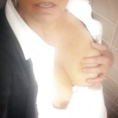 Femme mariée libertine cherche mec discret