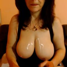 Femme libertine mature Mulhouse cherche sexe discret